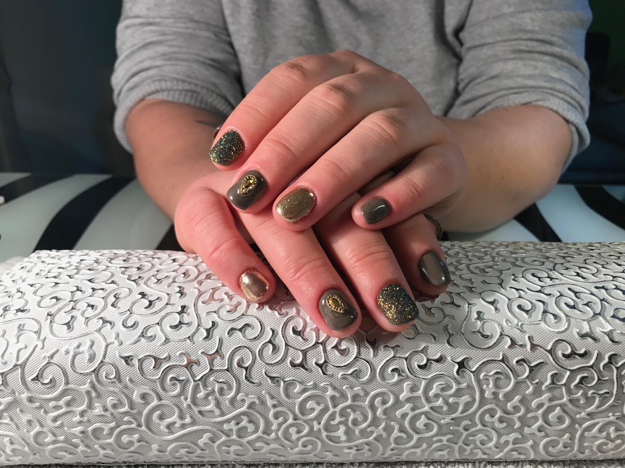 Das Nagelstudio Mit Qualitat In Gelsenkirchen Villaran Nails