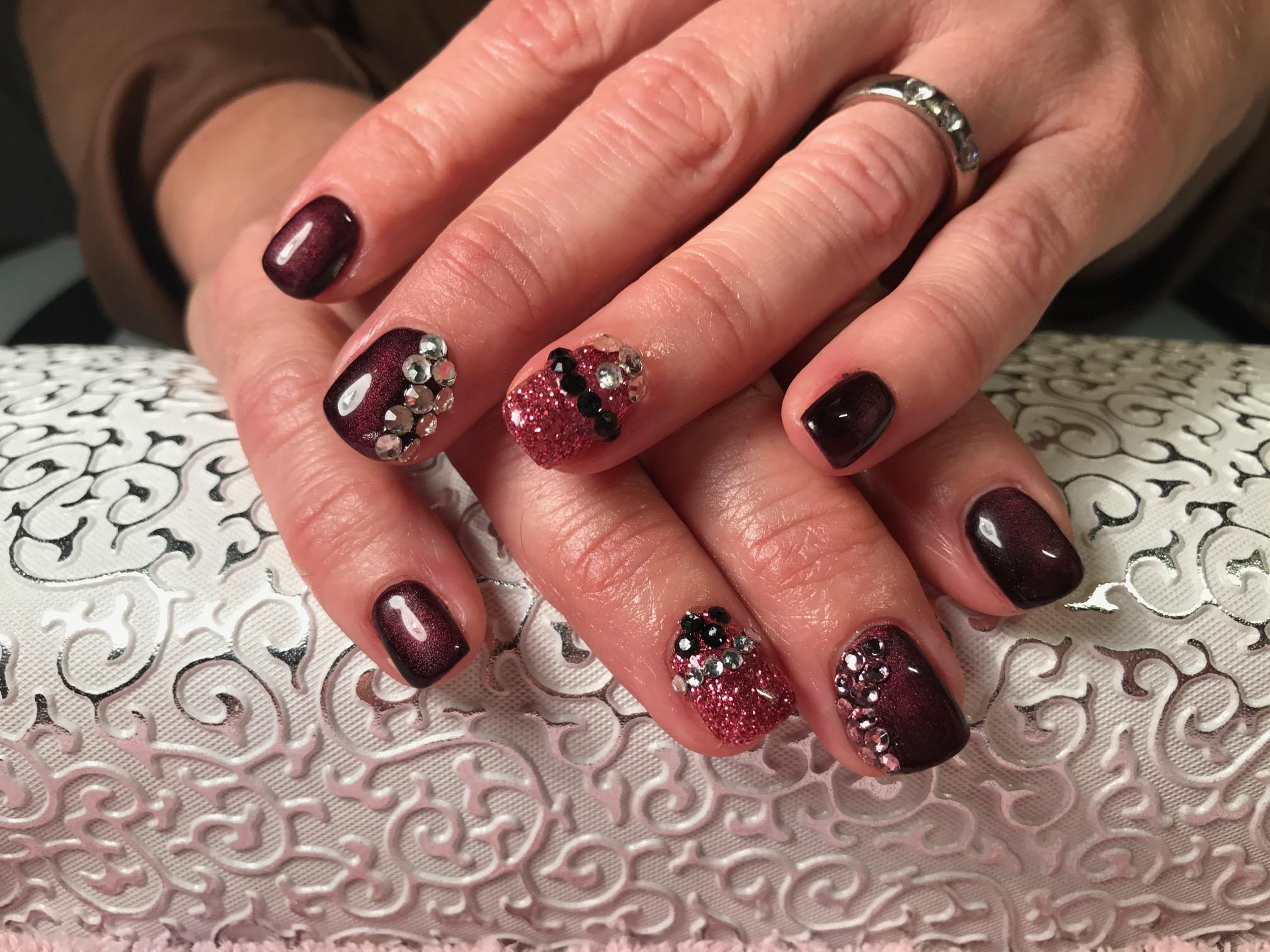 Das Nagelstudio mit Qualität in Gelsenkirchen - Villaran Nails
